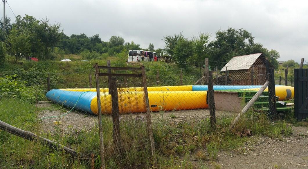 Дитячий басейн не користуєтся популярністю