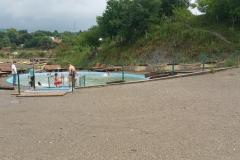 Озеро-джакузі на базі Дачія
