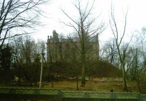 Оборонний костел Кармелітів (тепер - Благовіщення) у Більшівцях