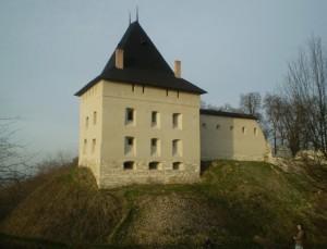 Відреставрований замок у Галичі