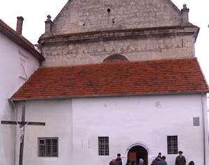Костел в бернардинському монастирі