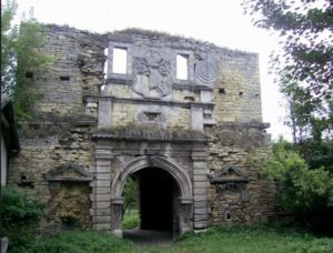 Замкова брама у Чернелиці