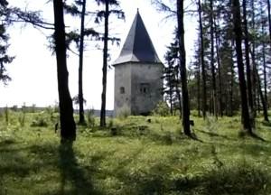 Башта замку у Кривче