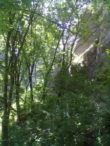 Вапнякові скелі в Одаєві