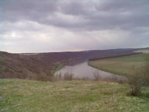 Дністер біля села Петрів і Монастирьок