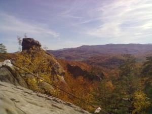Осінні Скелі Довбуша у Бубнищі