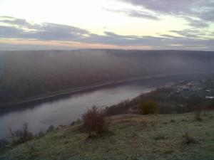 Над Раковецьким замком
