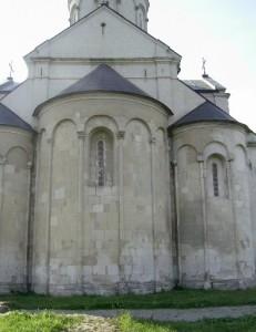 Апсиди храму Пантелеймона у Шевченковому