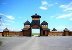 Брама Угорницького монастиря