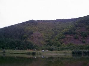 Червона гора поблизу Хмелевої