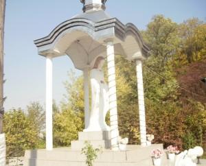 Капличка у Незвиську Городенківського району