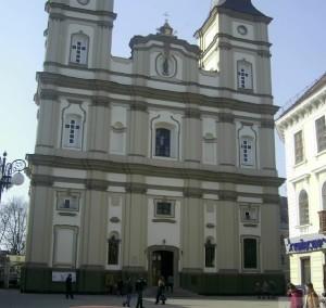 Катедральний собор Святого ВоскресінняКатедральний собор Святого Воскресіння