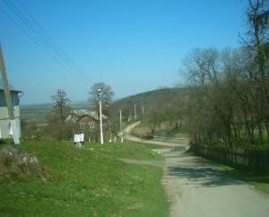 Крилос - шлях до Княжої криниці, перехрестя доріг - місце Німецьких воріт