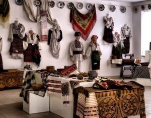 Музей народної творчості Струтинського
