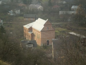 Новозбудований костел у Галичі, вид із замкової гори