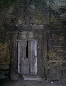 Оформлення каміну у чернелицькому замку
