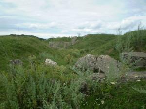 Залишки бетонної споруди на фортеці в Нижневі