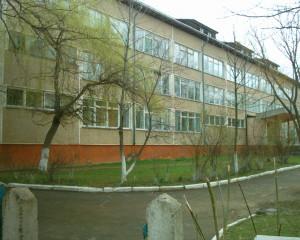 Школа у смт Перегінськ