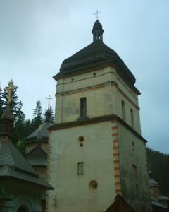 Головна вежа Манявського скита