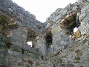 Надбрамна вежа Пнівського замку міста Надвірна
