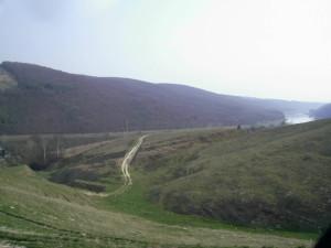 Дорога біля Дністра, село Делева