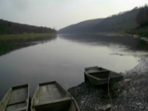 Човни на Дністрі, село Делева