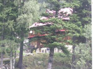 Кедрові палати митрополита Андрія Шептицького у урочищі Підлюте біля Осмолоди