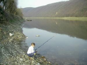 Рибалка на Дністрі біля села Делева
