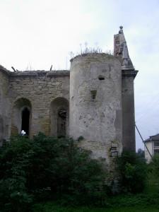 Костел у смт Чернелиця