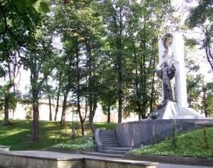 Пам'ятник Ісусу Христу на вулиці Валовій