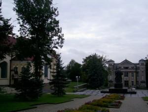 Центральна площа у старій частині Калуша