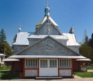 Церква у селі Пістинь