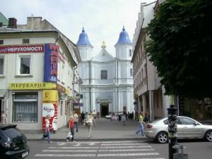 Вірменський собор, тепер - православна церква УАПЦ, у радянський час тут був музей атеїзму