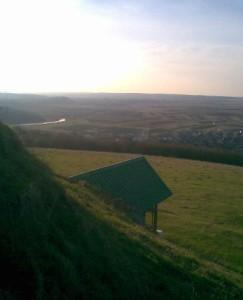 Вид з Галичиної могили на долину ріки Луква