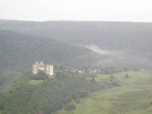 Замок у Червонограді біля села Нирків