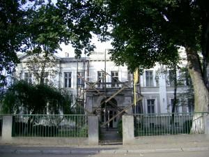 Старовинний будинок у місті Снятин