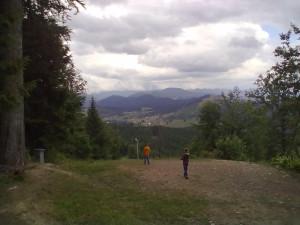 Оглядовий майданчик на вершині гори Буковель