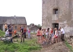 Археологічні розкопки під час реставраційних робіт