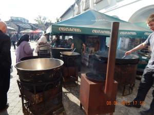Польова кухня біля Арсеналу на свято Ковалів