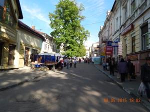 Сувенірний ринок біля міської бані