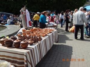 Керамічний посуд на Карпатському вернісажі