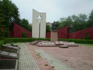 Меморіал радянським воїнам у Хотині