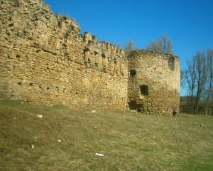 Східна стіна Микулинецького замку