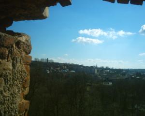 Вид з бійниці замку