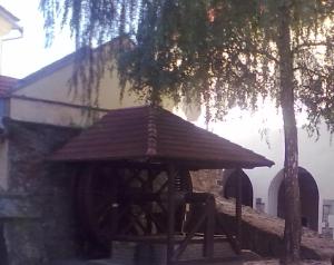 Криниця у Мукачівському замку