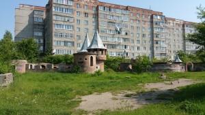 Два окремих замки