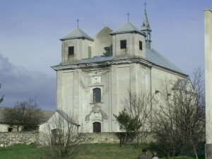 Вірменський оборонний костел у Жванці