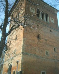 Башта дзвінниці у Дрогобичі, перебудована з давньоруської оборонної вежі