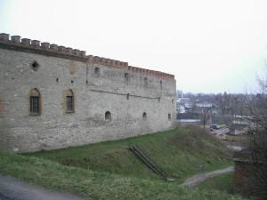 Стіна замку у Меджибожі на замковій горі