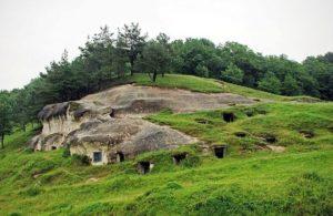 Печери на Стільському городищі